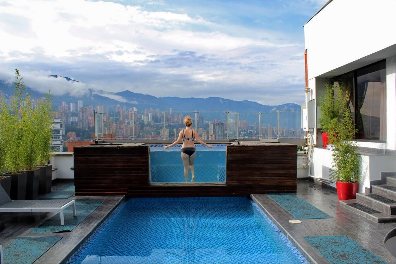 rooftop pool in a penthouse in poblado