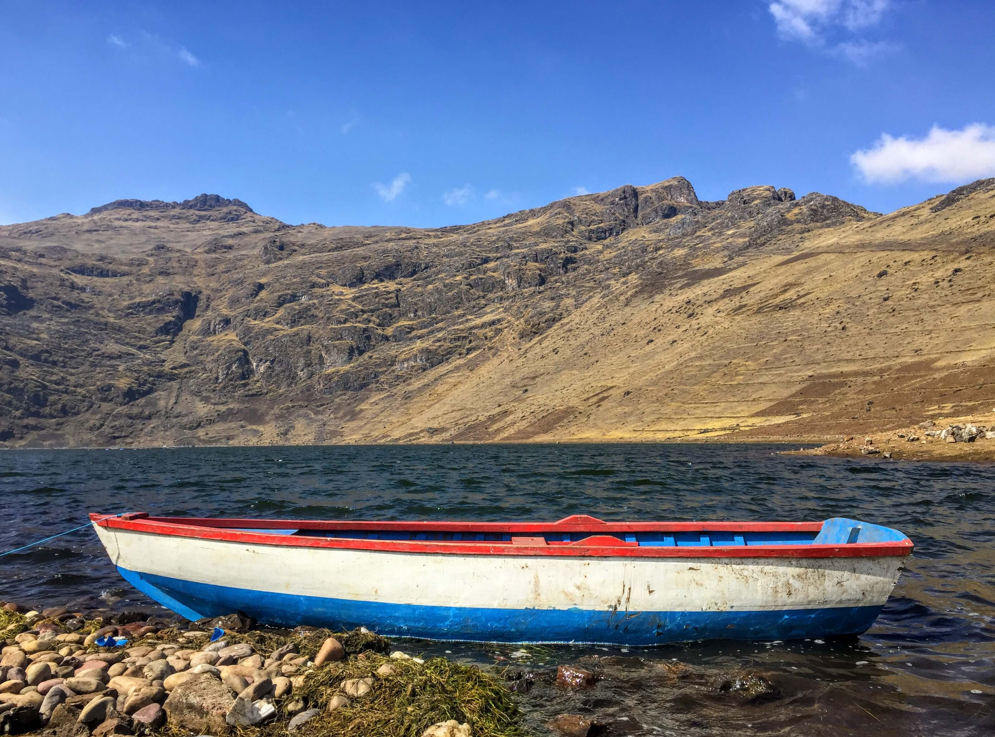 boat at Laguna Azul