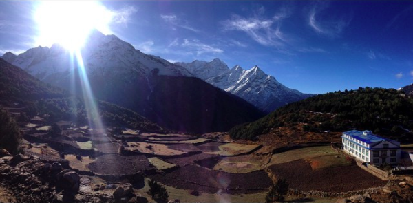 walking at 12,000 ft on the Everest View Trek