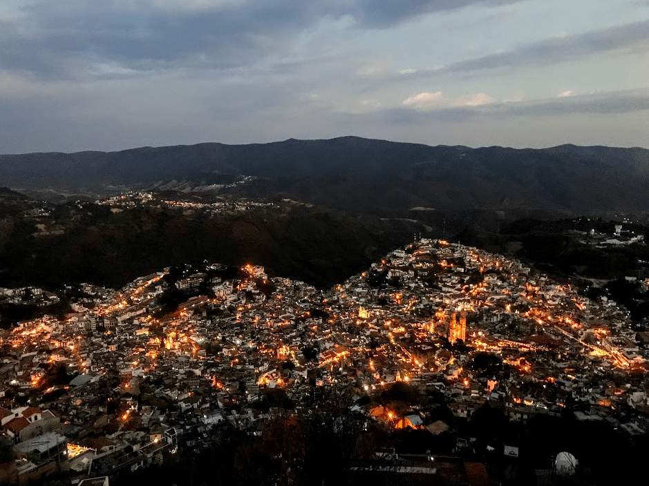View of Taxco at night from Cristo Rey