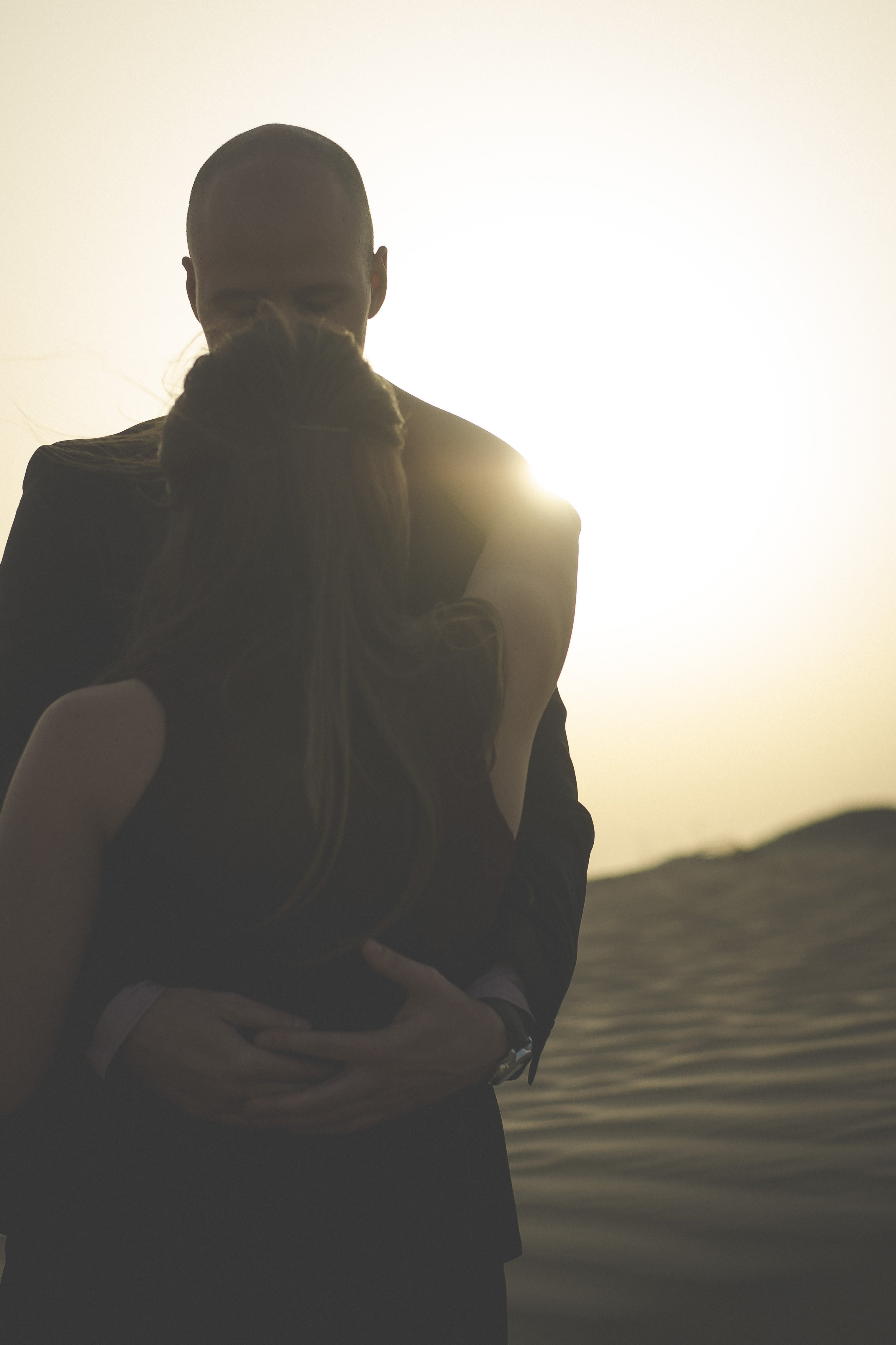 Abu Dhabi engagement photo in the desert