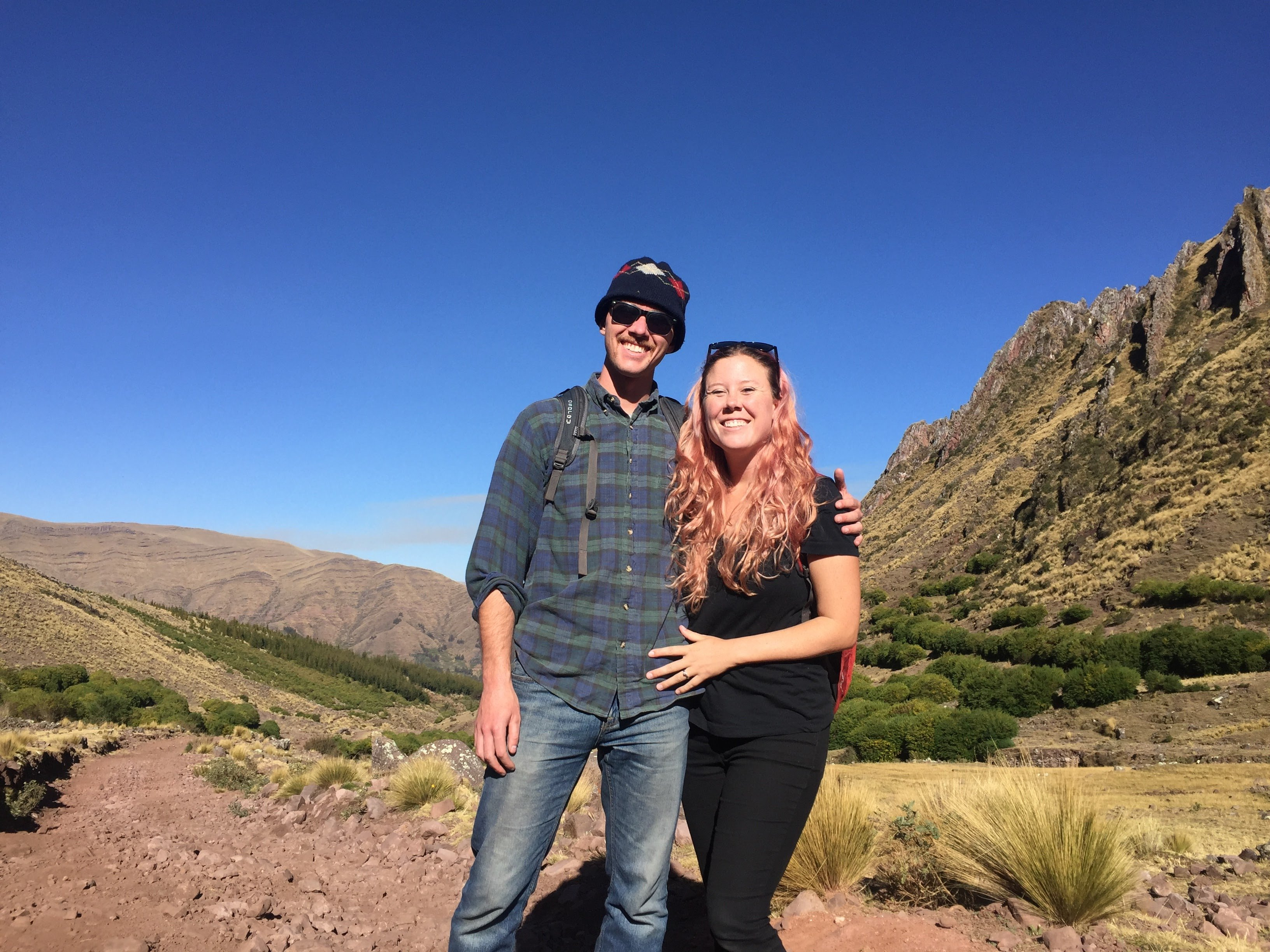 Dan and Di, travel bloggers and founders of Slight North