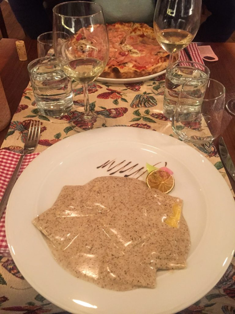 Pizza and pasta from Max, on the best Sibiu restaurants