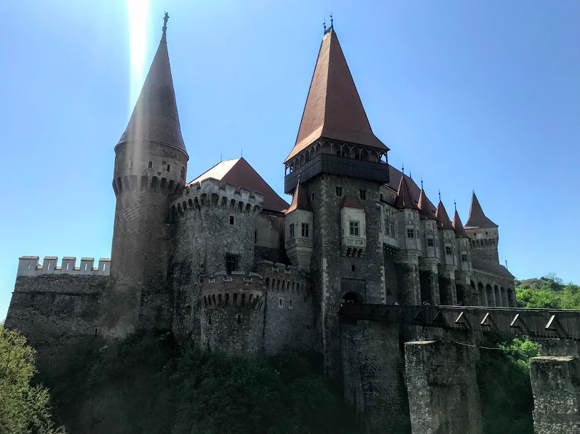 How to Take a Day Trip to Corvin Castle & Cisnadioara from Sibiu