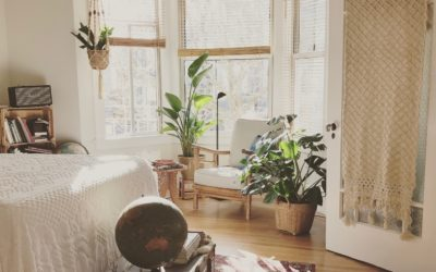 5 Tips to Furnish A Rental Property (from a Full Time Airbnb Dweller)