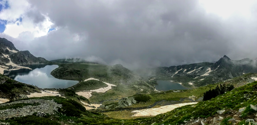 Hiking at the 7 Rila Lakes in Bulgaria