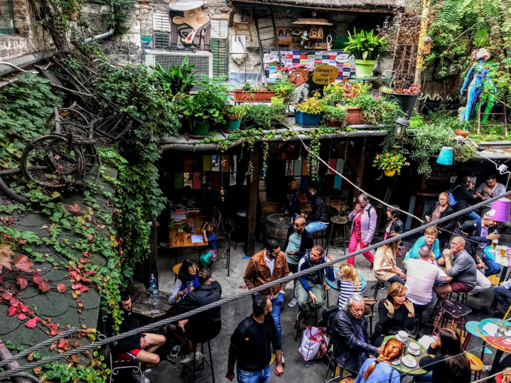 Sunday Farmer's Market at Szimpla Kert
