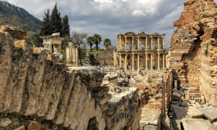 Izmir or Selcuk for the Ephesus Ruins? Use This Guide to Decide!