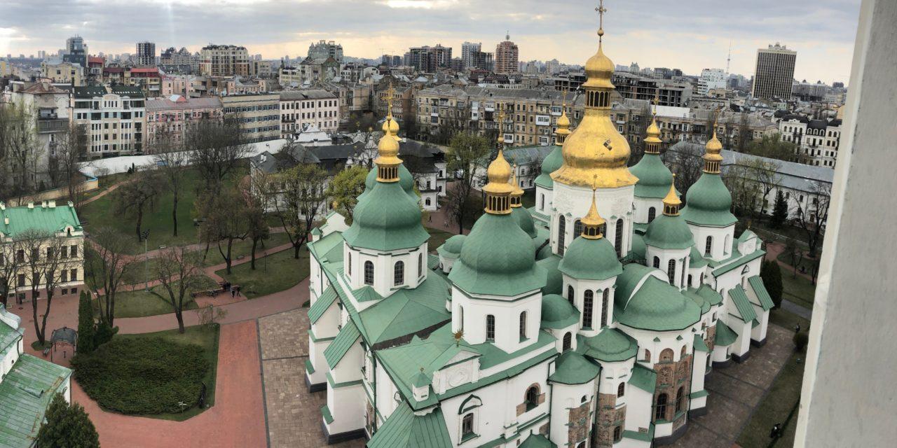 15 Best Things to Do in Kiev + DIY Walking Tour Route