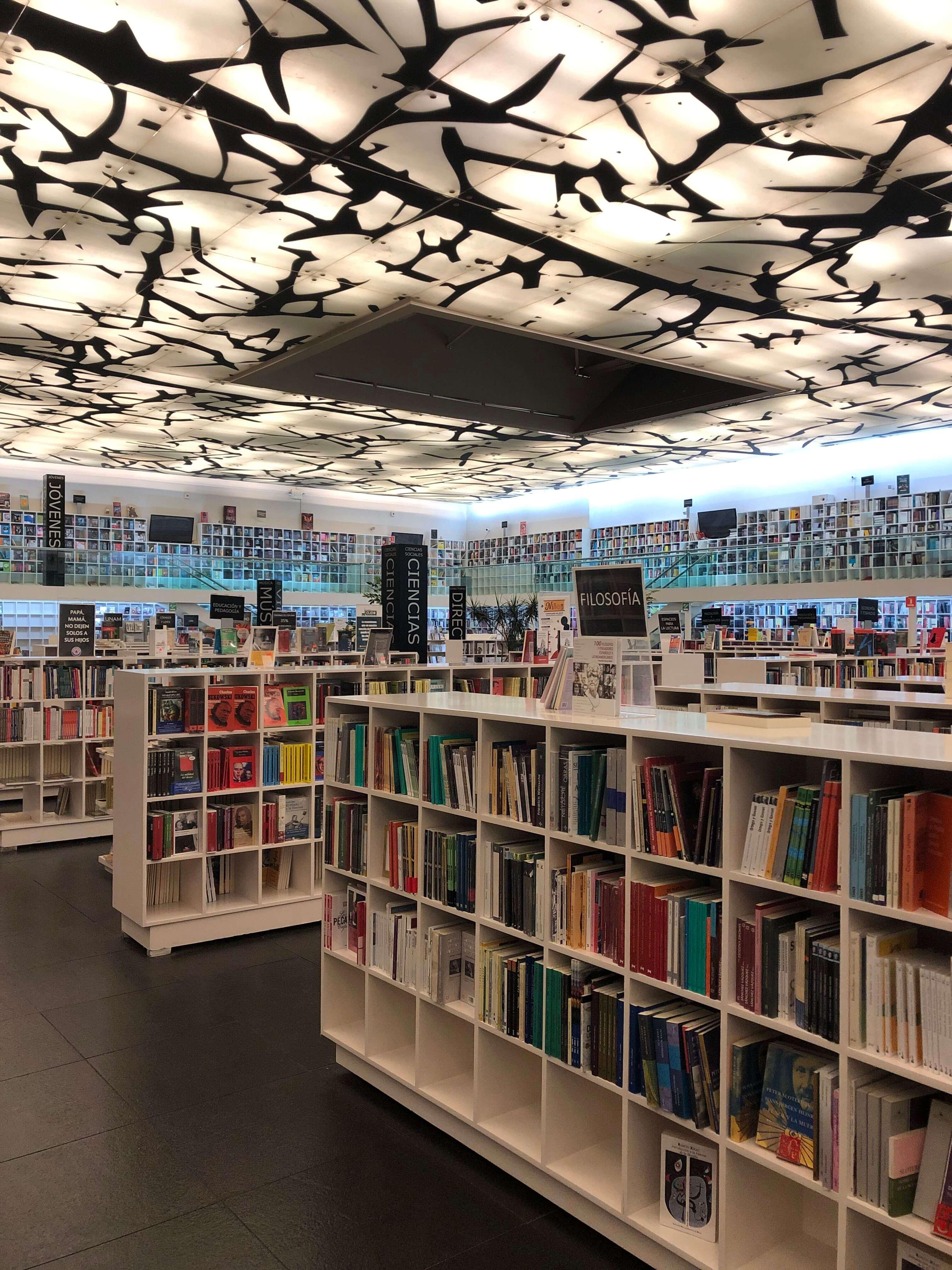 Bookstore Fondo de Cultura Economica in Condesa