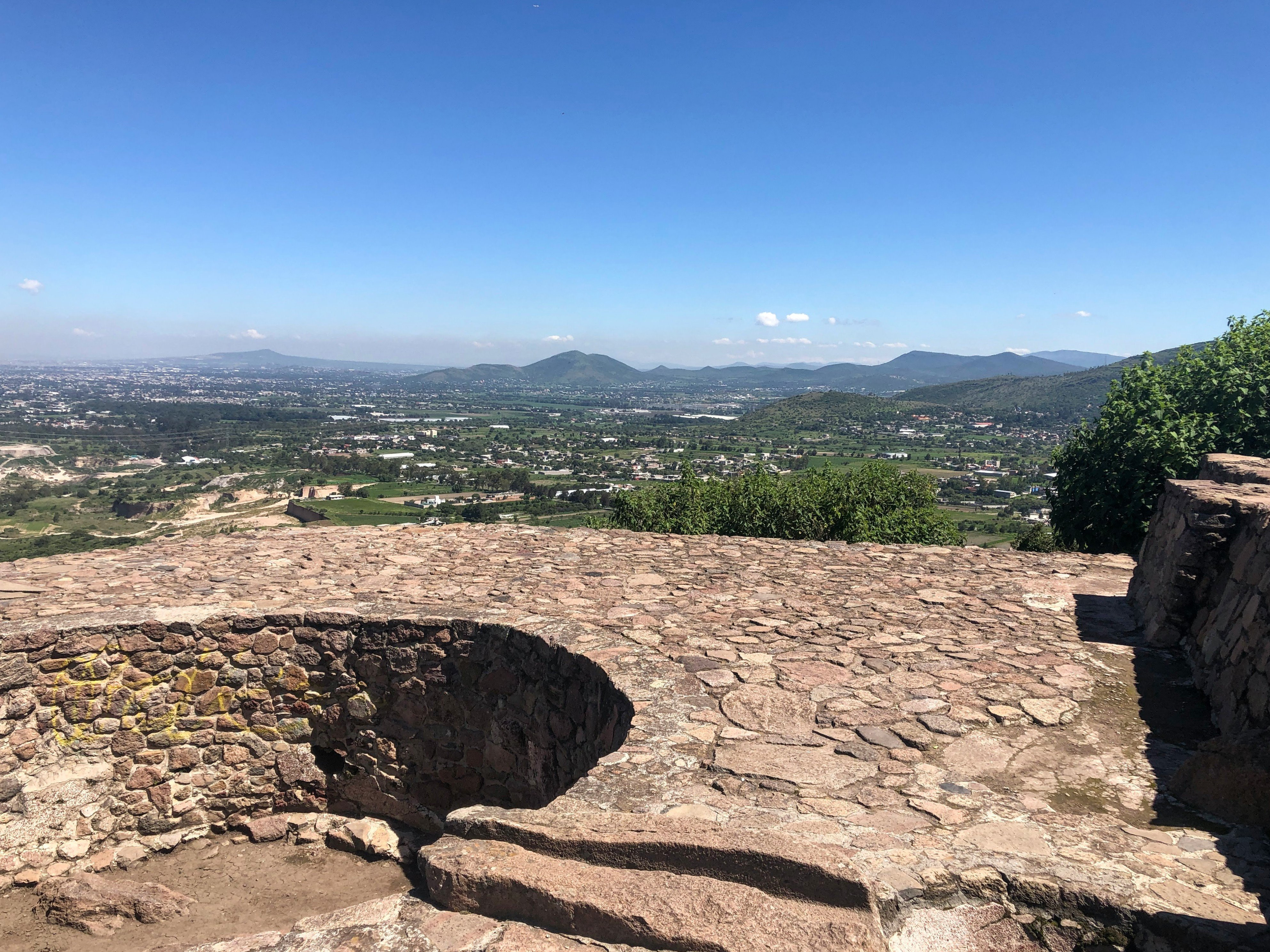 Texcotzingo ruins in texcoco
