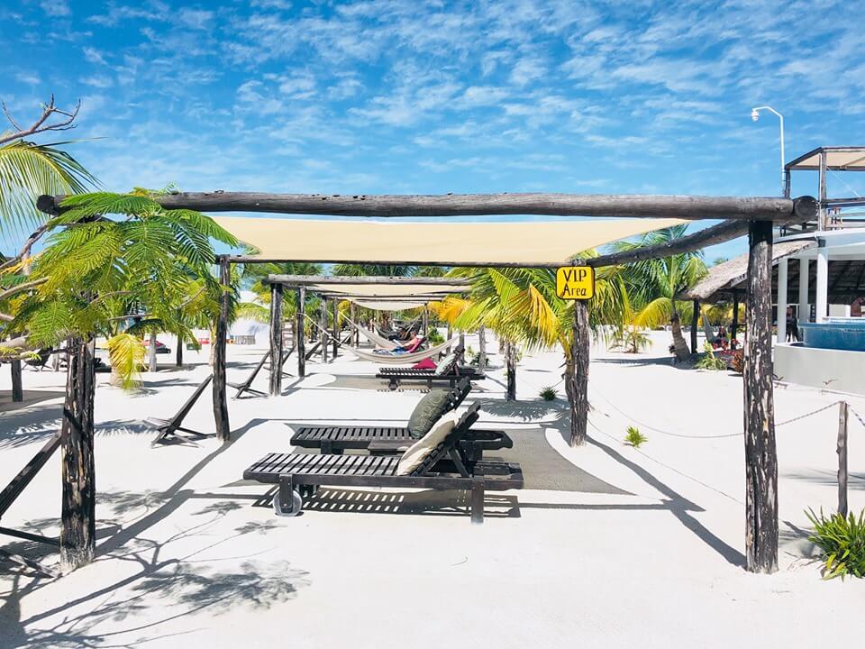 cabanas at Koko King
