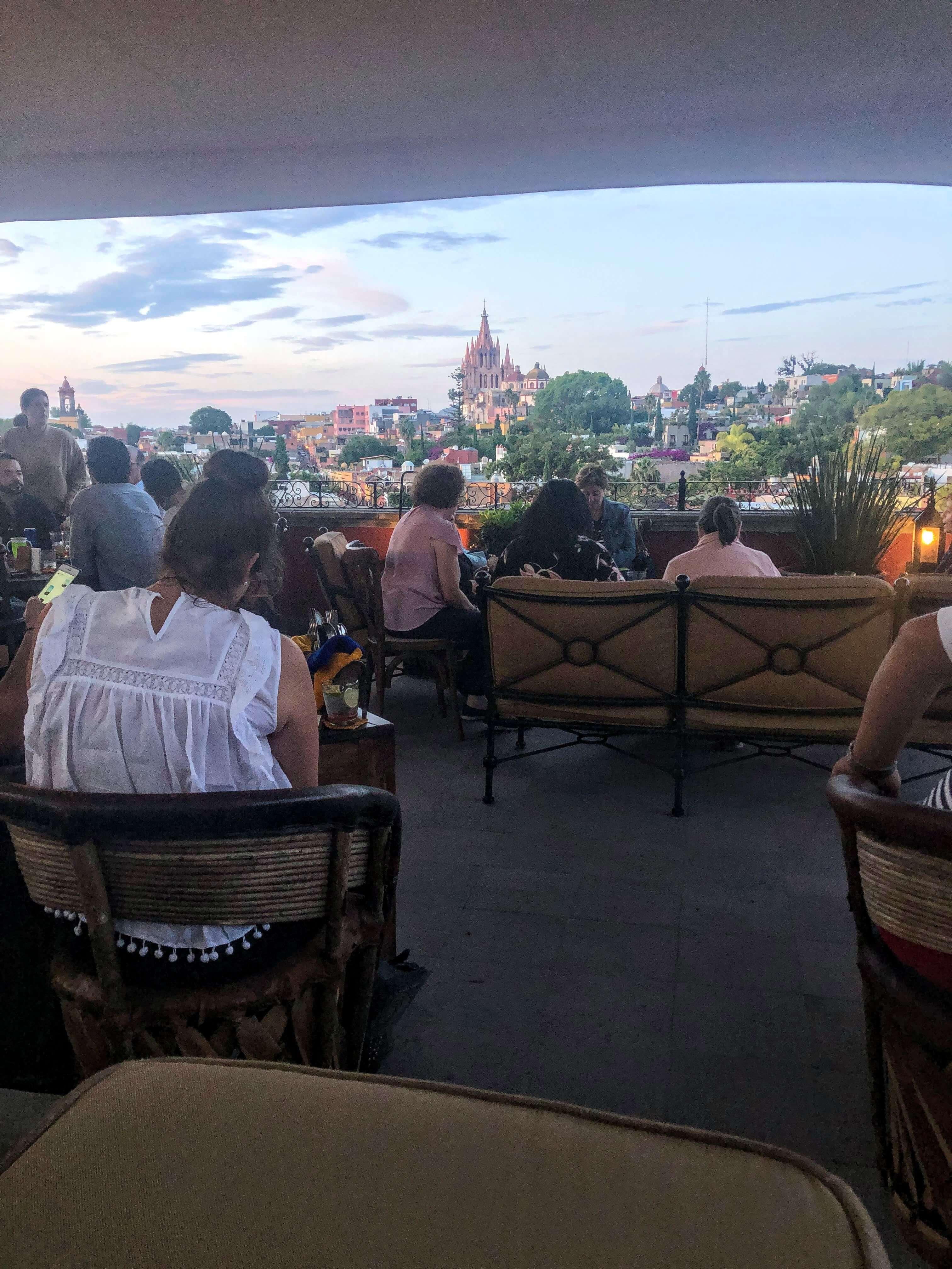 Luna Tapas Bar at the Rosewood Hotel