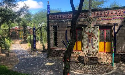 How to Visit the Magical & Mesmerizing Chapel of Jimmy Ray