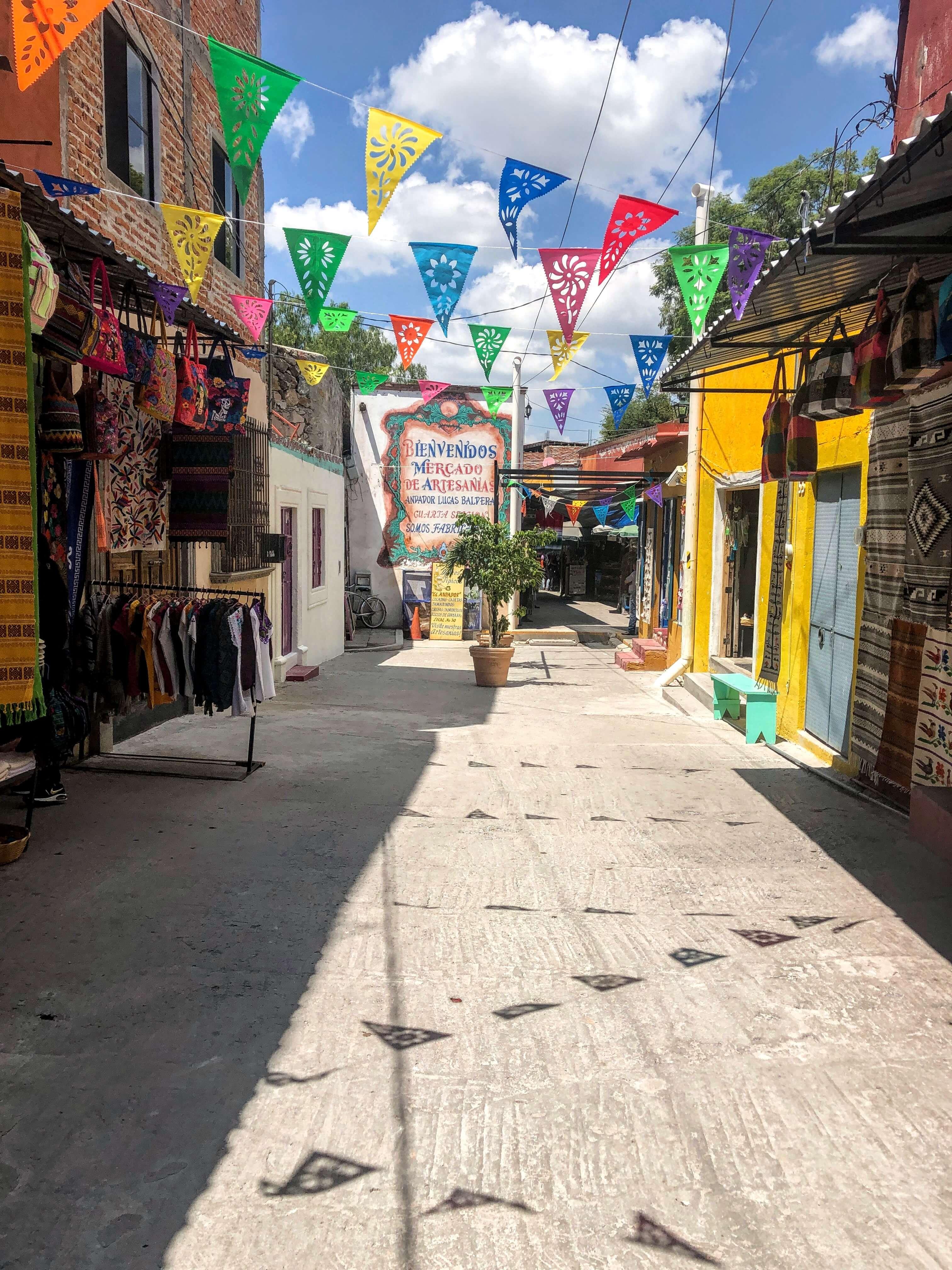 Mercado Artesianas in San Miguel de Allende