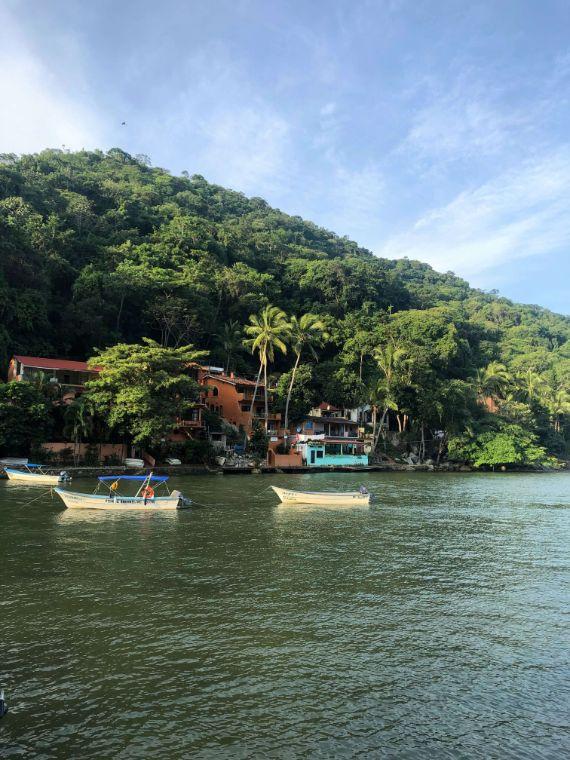 boats in Boca de Tomatlan, Puerto Vallarta