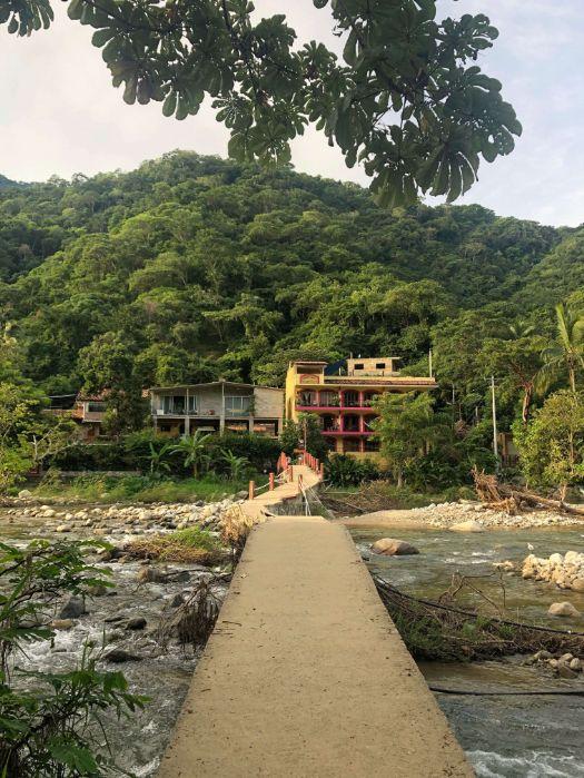 foot bridge in Boca de Tomatlan