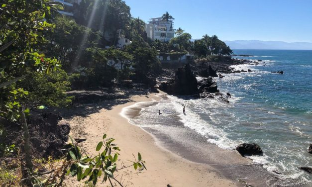 Muertos to Lindo Mar Resort: The Best Beach Walk in Puerto Vallarta