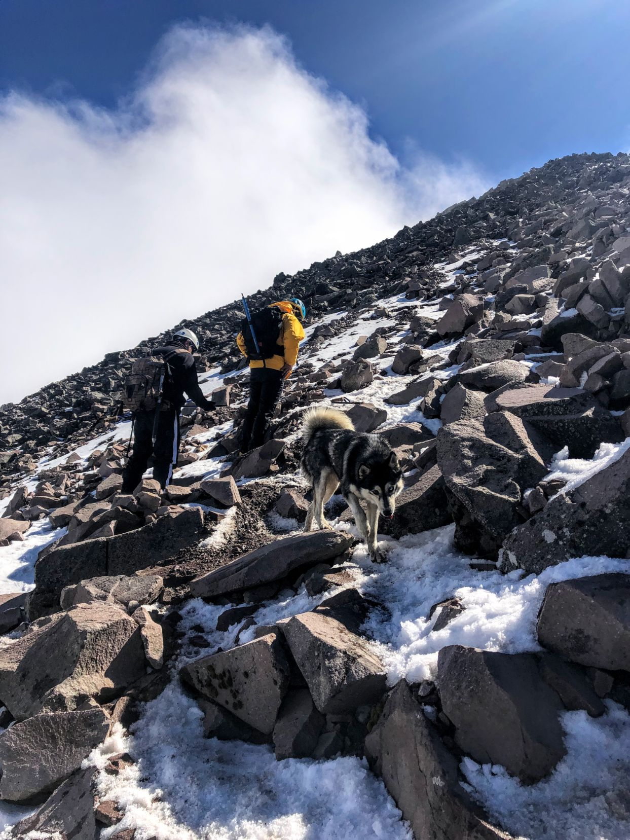 rock scramble at the top of Malinche Volcano