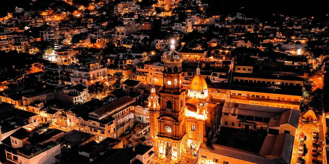 16 Things to Do in Puerto Vallarta at Night (On Any Budget)