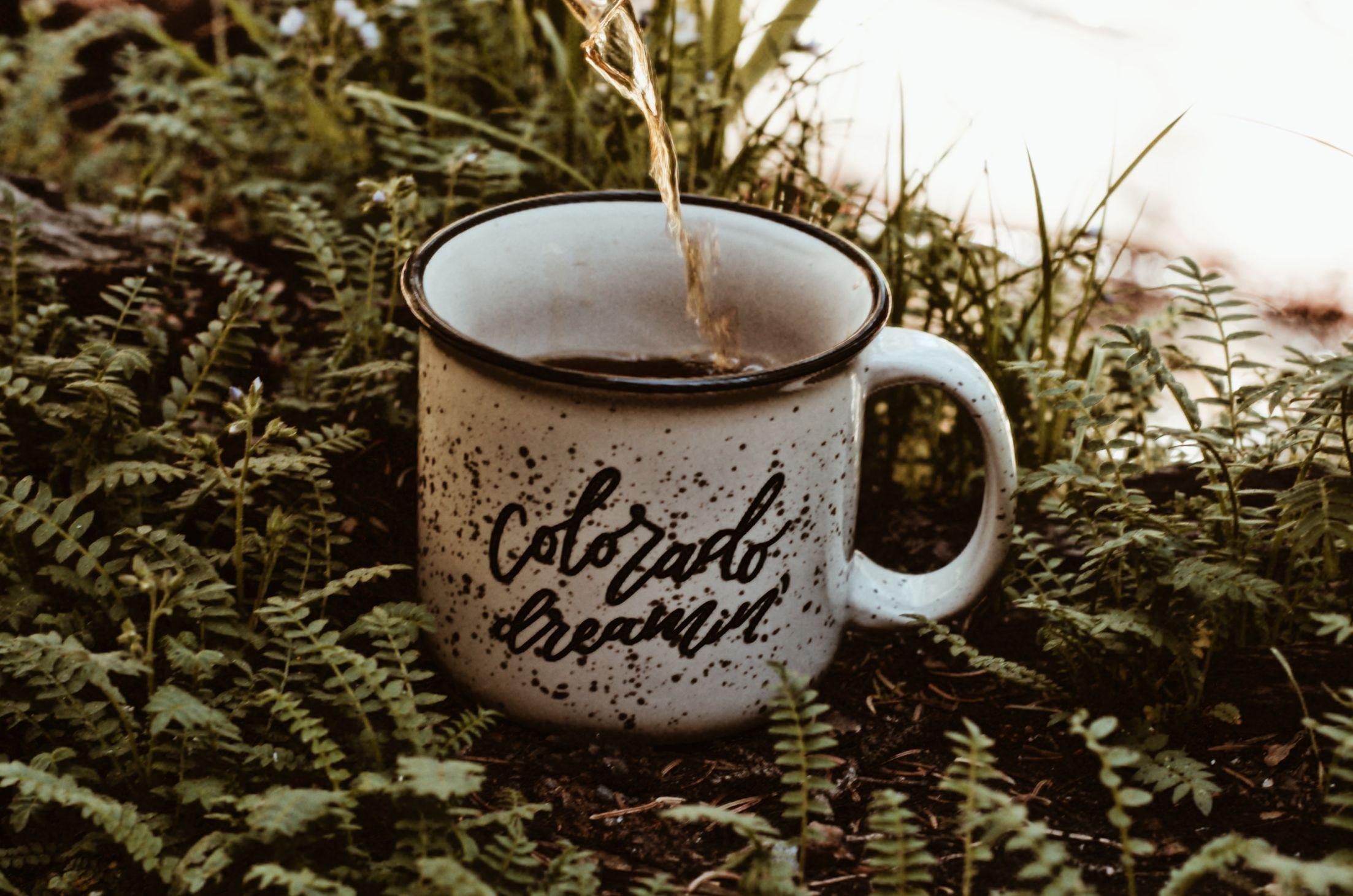 Colorado Dreamin' mug with coffee