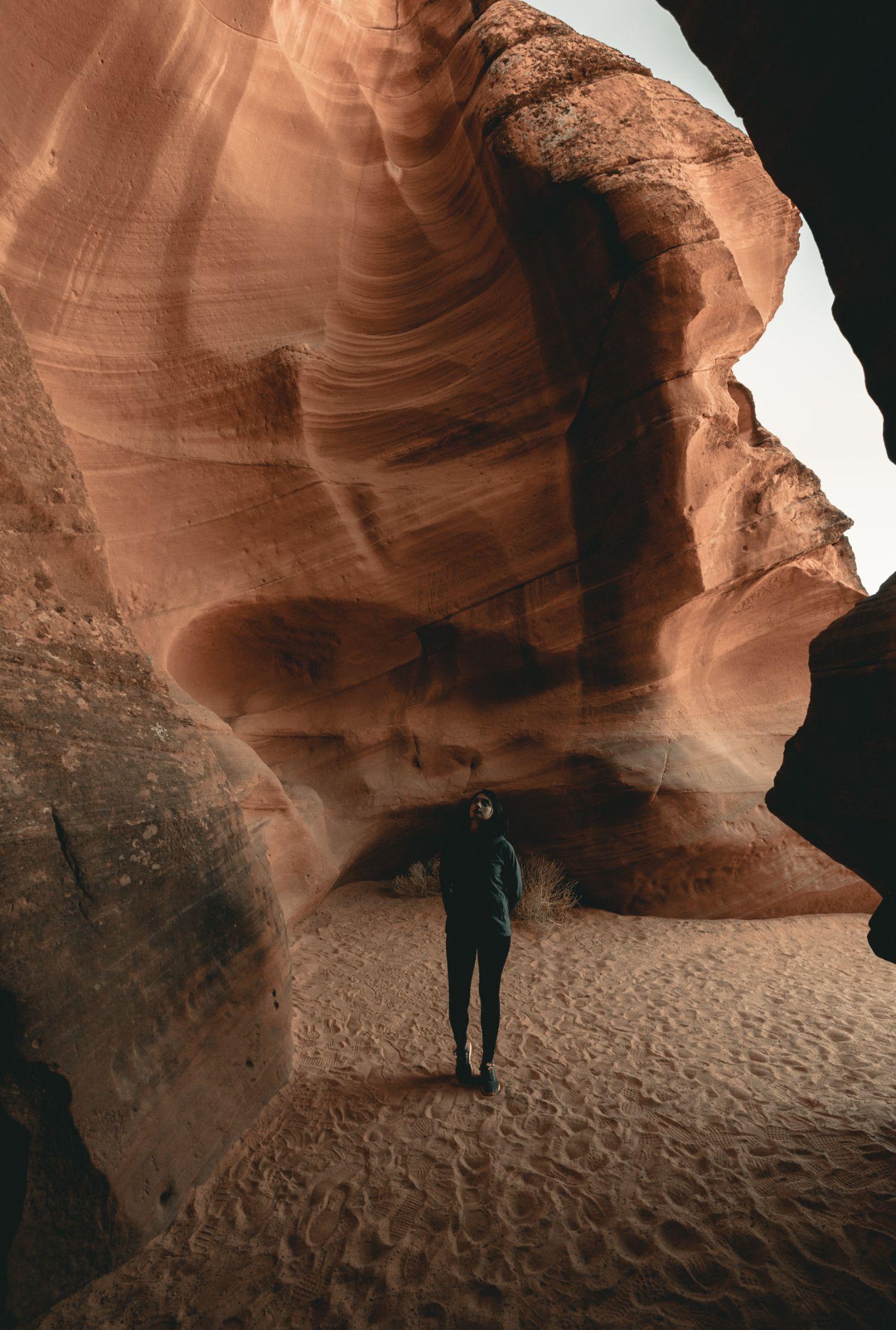 hiking in Antelope Canyon in Arizona
