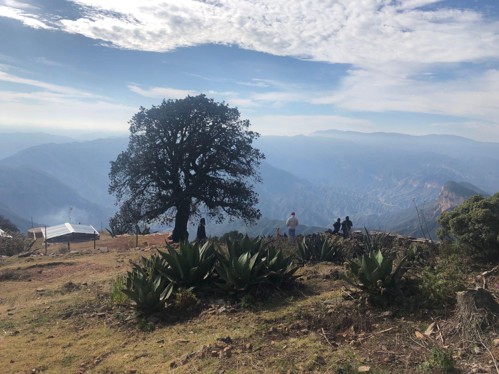 campsite at the Mirado de Cuatro Pelos view point in Sierra Gorda