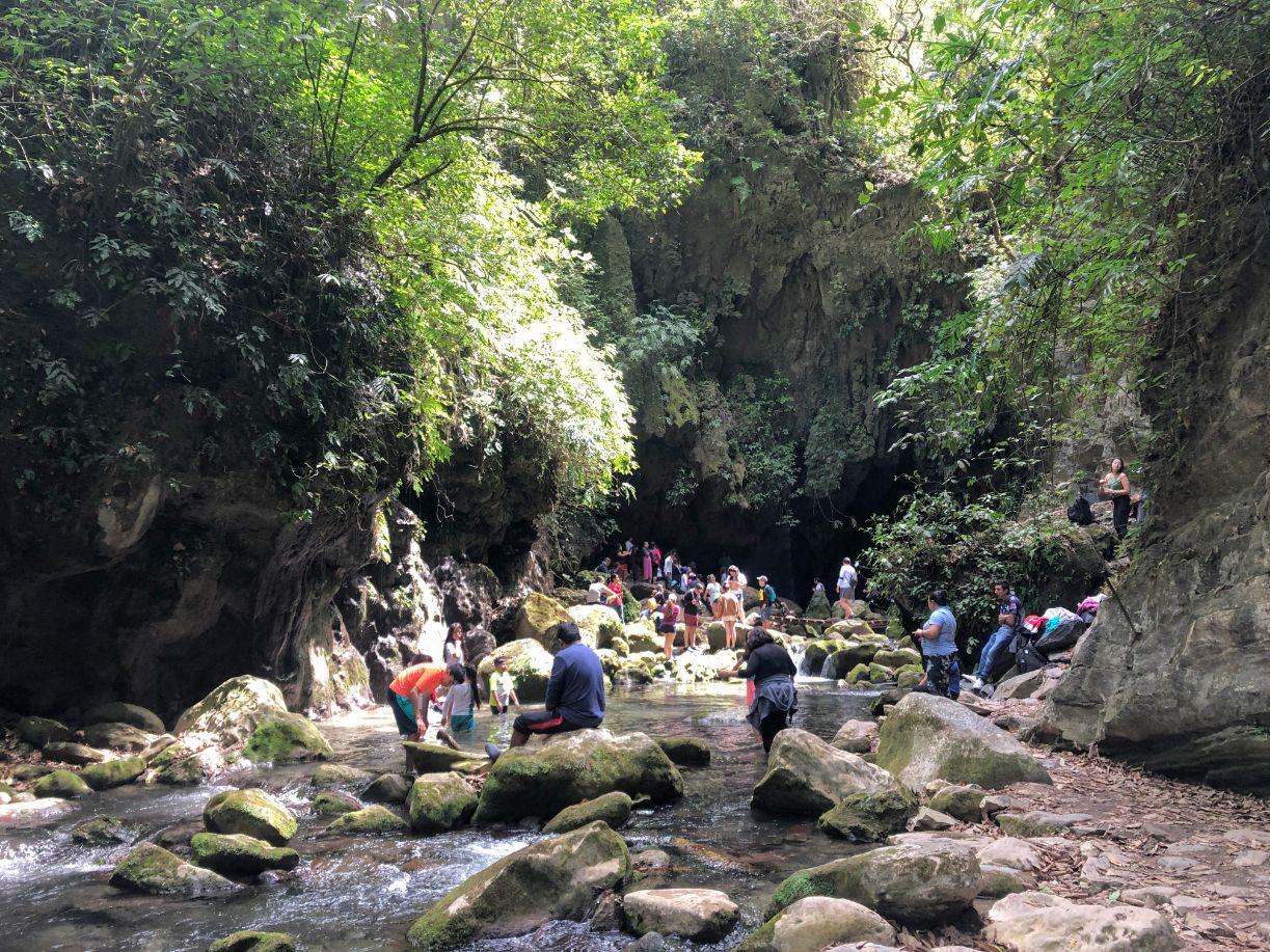 Sierra Gorda tour group at Puente de Dios waterfall